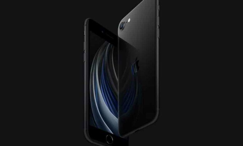 Since is it the new 'affordable' iPhone in the market, it is only fair to compare it with the older iPhones that have received the 'affordable' tag in the last two years – iPhone XR and the iPhone 11. That's what we have done here.