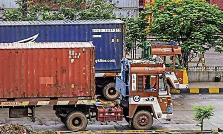 The Federation of Indian Export Organisations said the government should immediately announce a relief package for exporters as any further delay would be catastrophic.