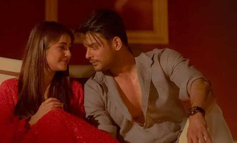 Shehnaaz Gill and Sidharth Shukla in a still from Bhula Dunga.